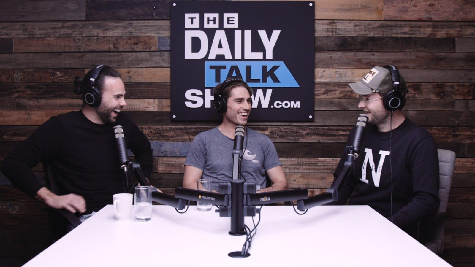 The-Daily-Talk-Show-397