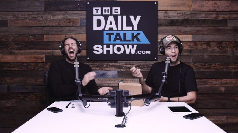 The-Daily-Talk-Show-398