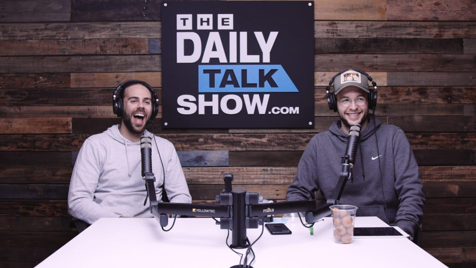 The-Daily-Talk-Show-403