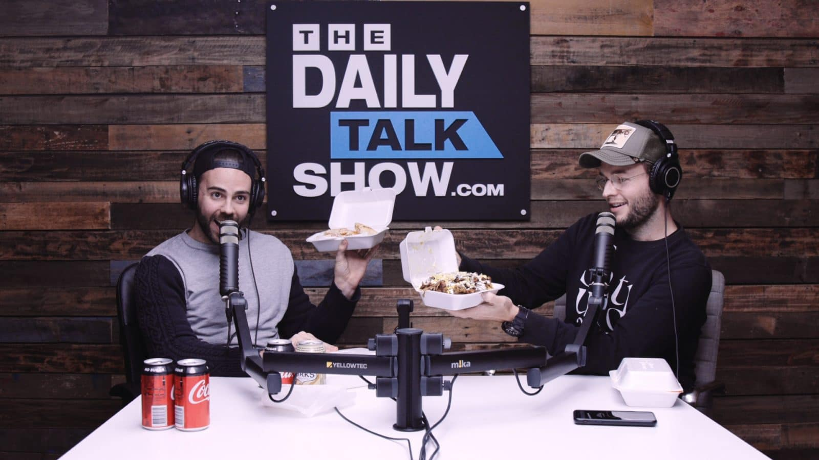 The-Daily-Talk-Show-405