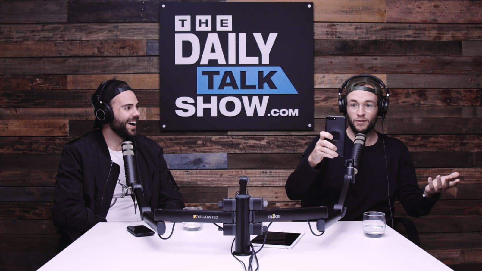 The-Daily-Talk-Show-409