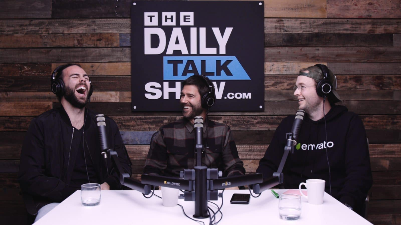 The-Daily-Talk-Show-416