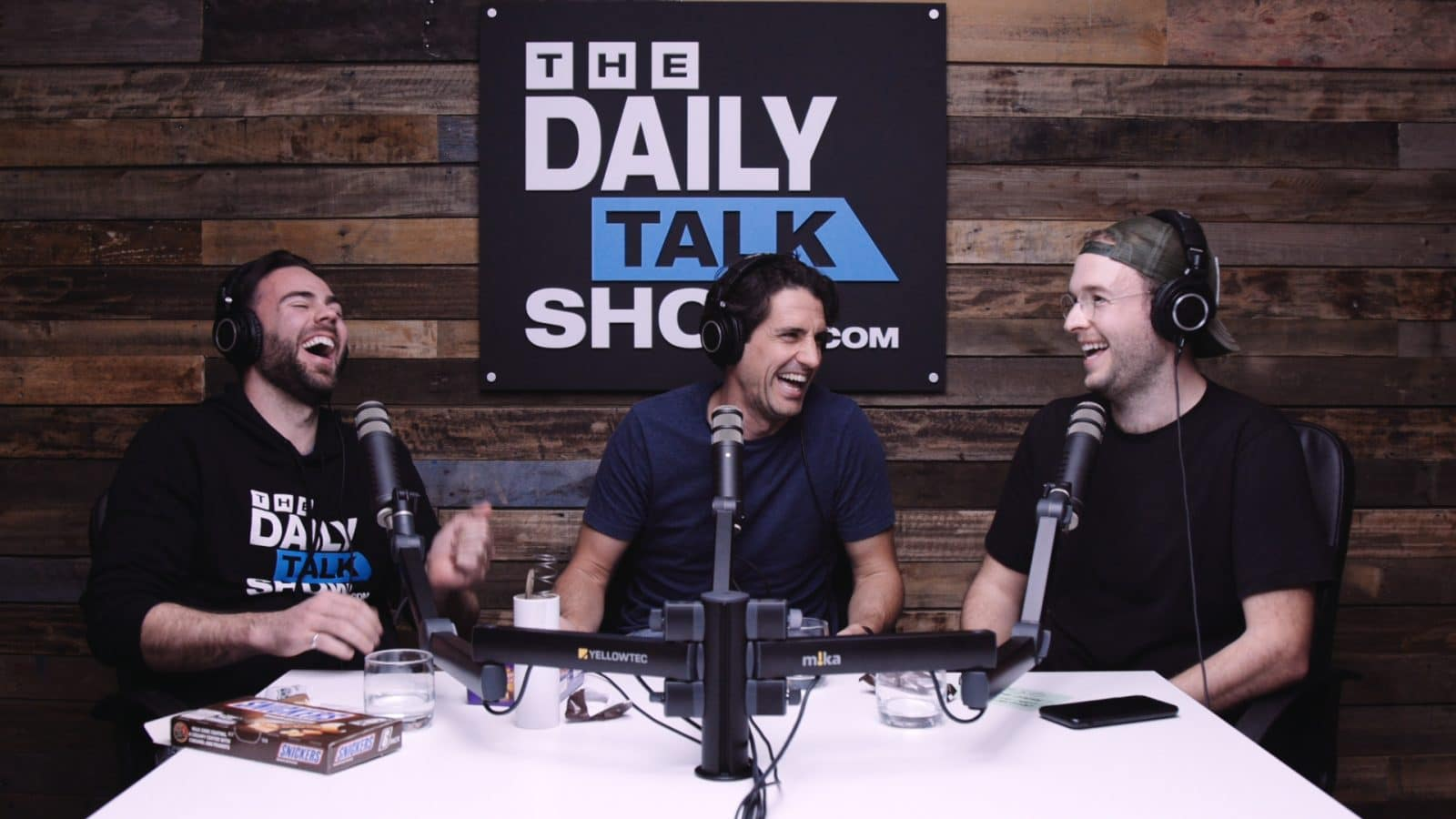 The-Daily-Talk-Show-454